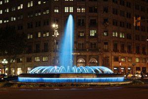 Barcelona Brunnen bei Nacht
